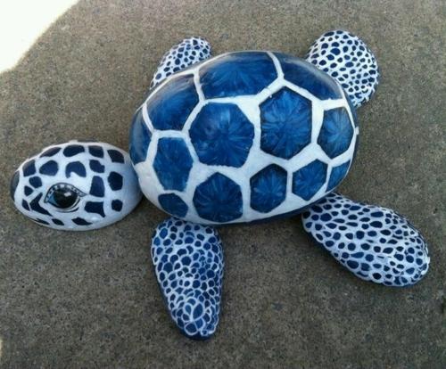 diy tortue de mer bricolage avec des galets