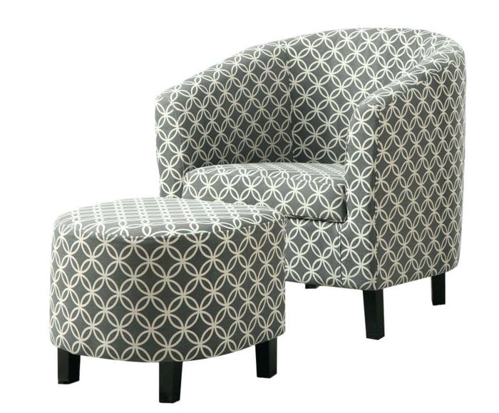 fauteuil tonneau motifs géométriques avec petit tabouret ottoman