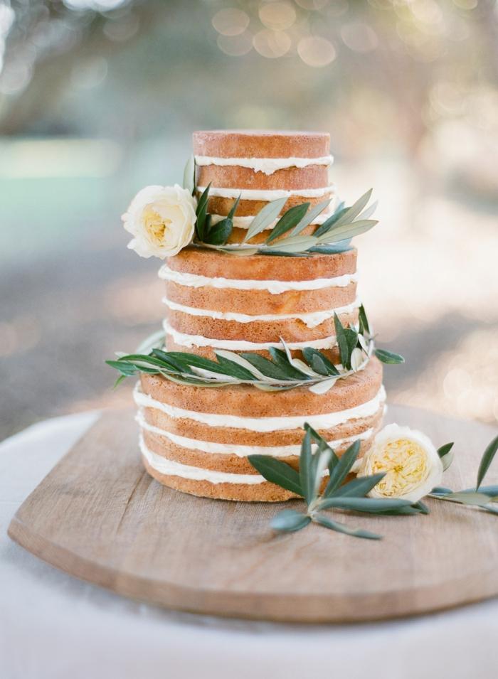 gâteau anniversaire naked cake déco épurée