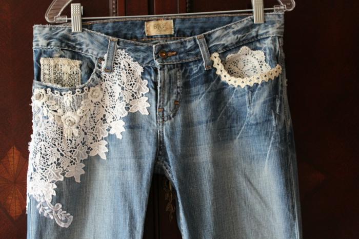 idée avec dentelle customiser un jean