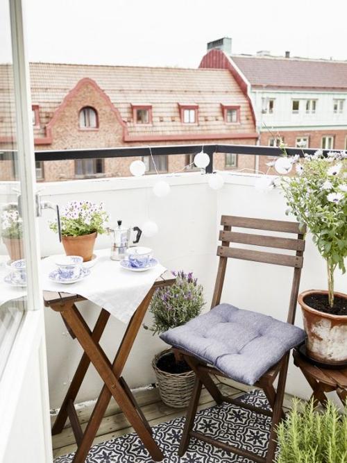 idée barrière balcon meubles pliants