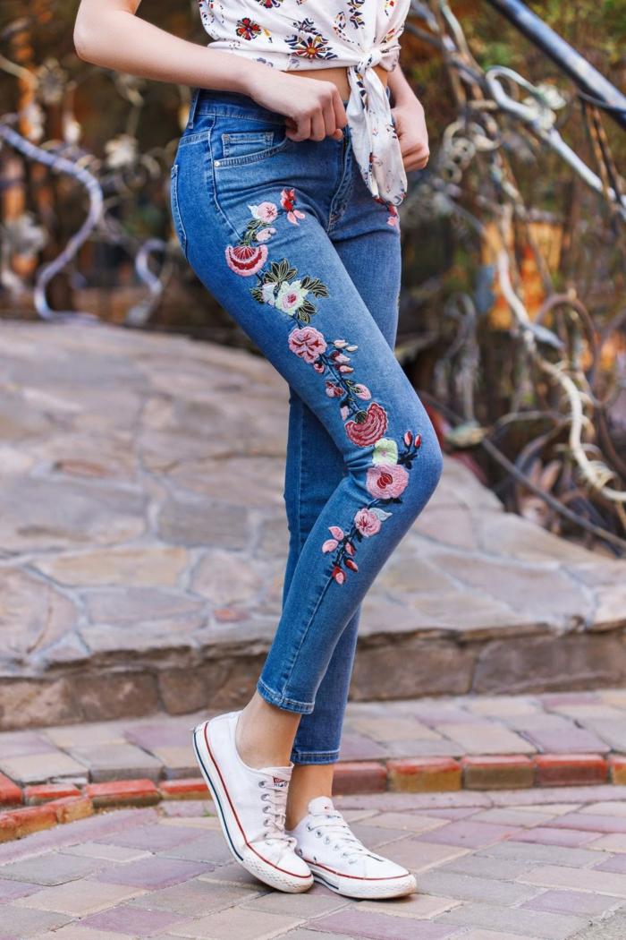 idée broderie facile pour customiser un jean
