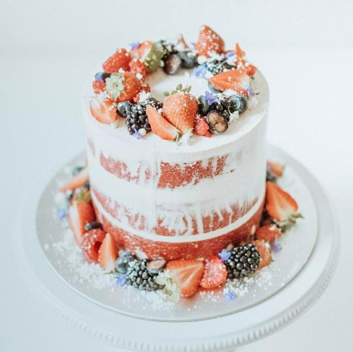 idée inspirante de gâteau anniversaire nu