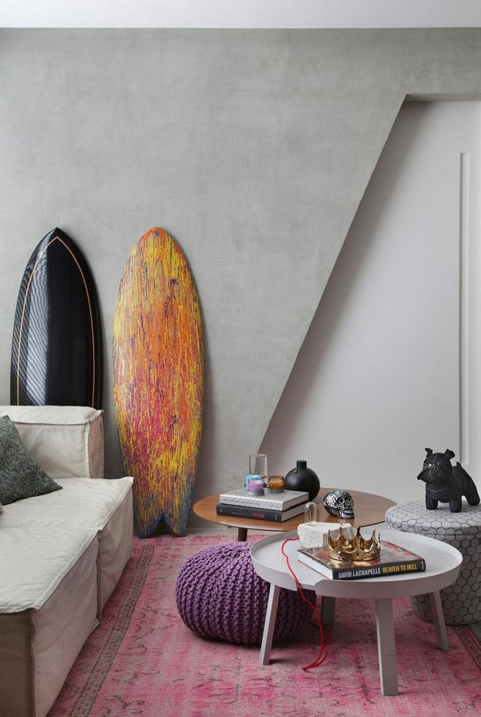 idée originale déco planche de surf salon