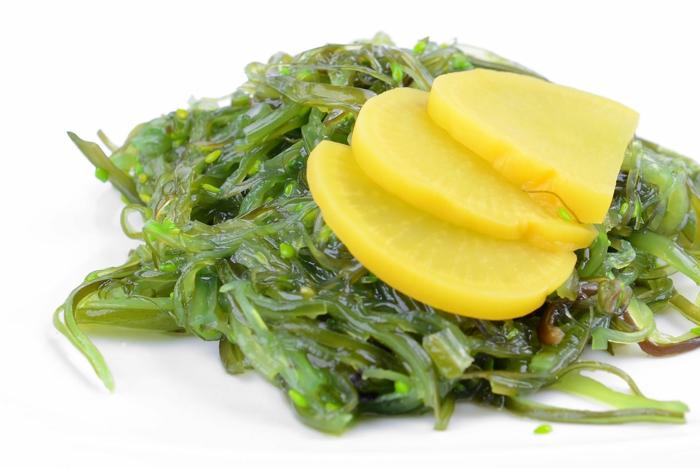 idée repas délicieux salade wakamé