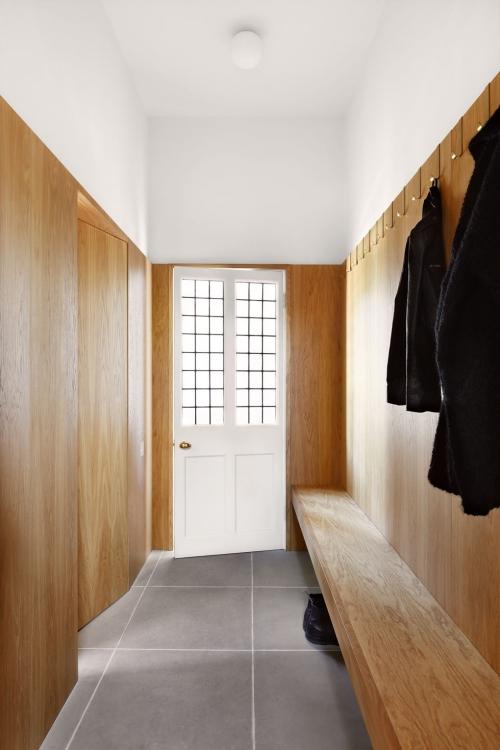idées déco entrée murs revêtus en bois