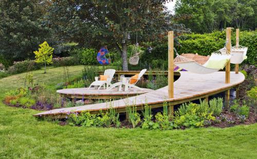 jardin en pente douce îlot de détente et de fraîcheur