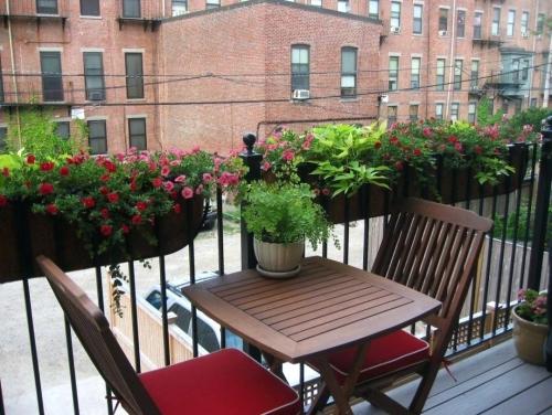 jardinière balcon table et chaises pliantes