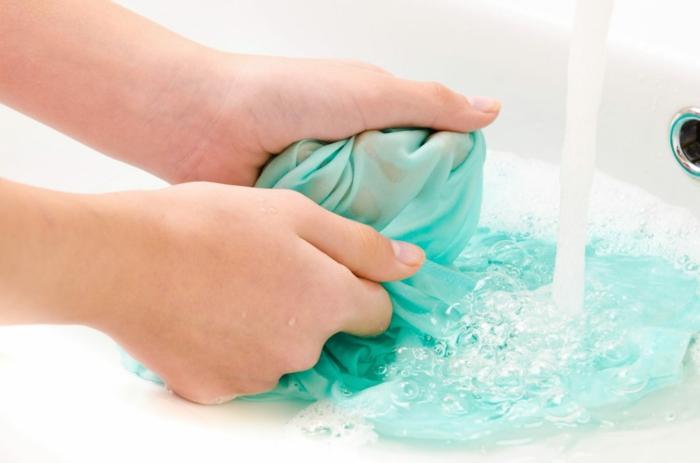 lavage à la main symboles lavage vêtements