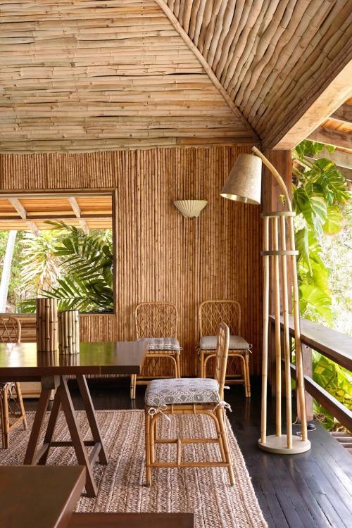 maison de plage en bambou murs et plafond en bambou