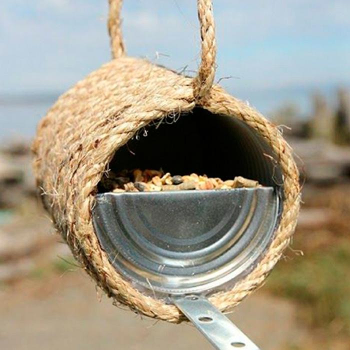 mangeoire oiseaux boîte conserve