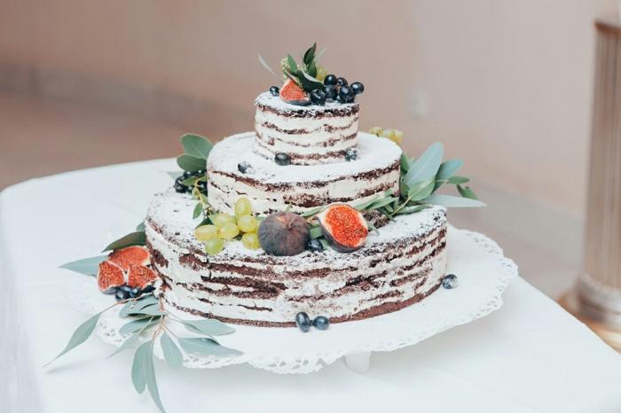 naked cake idée de gâteau anniversaire