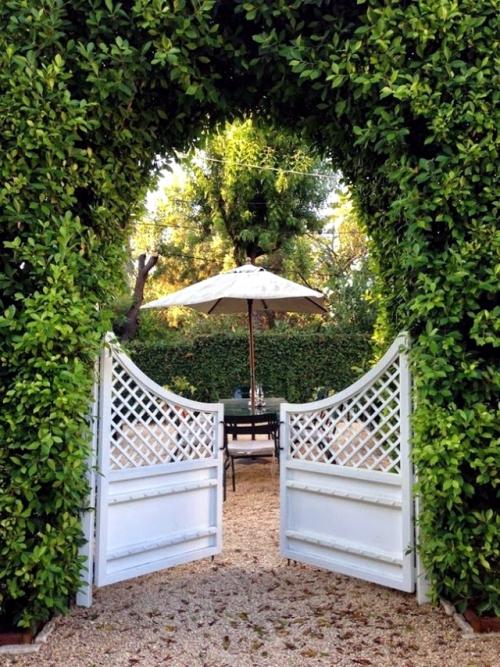 portillon jardin deux vantaux à forme courbée
