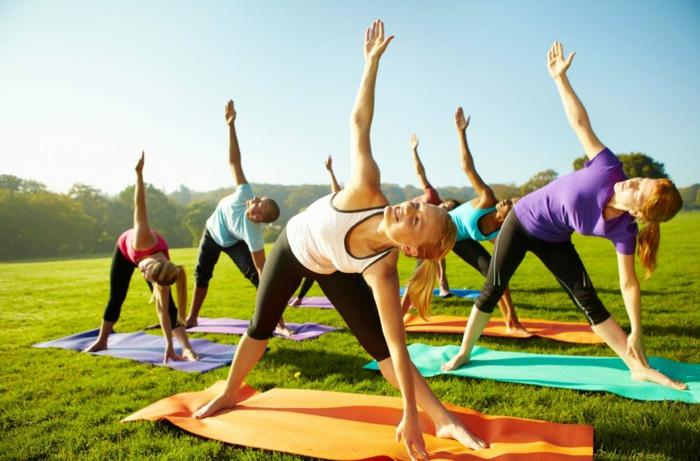 quel sport pratiquer quand il fait beau opter pour le yoga
