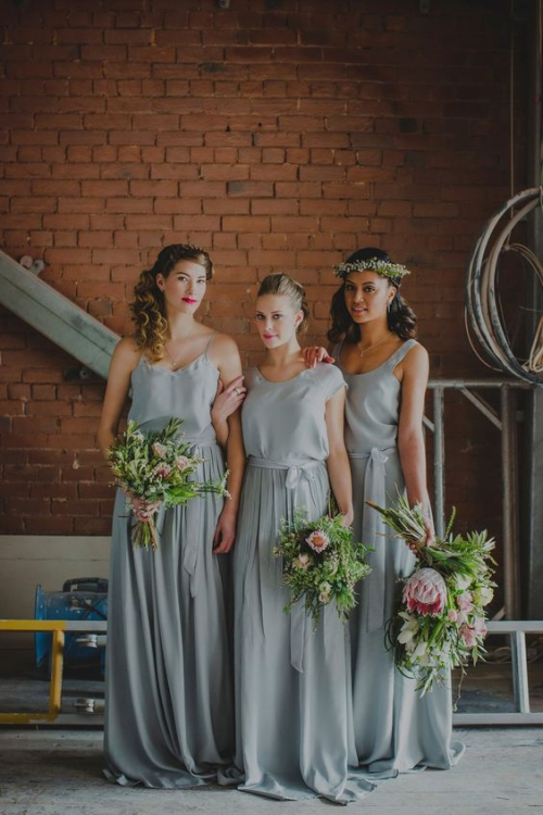 robe invitée mariage automnal riches bouquets