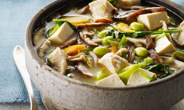 soupe miso au poulet et tofu
