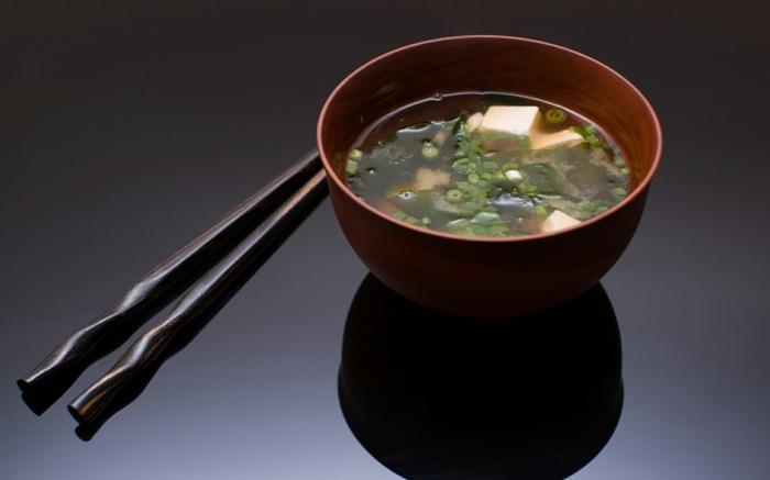 soupe miso au wakamé