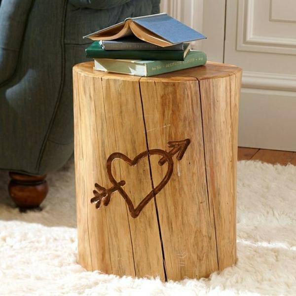table basse tronc d'arbre déco gravure