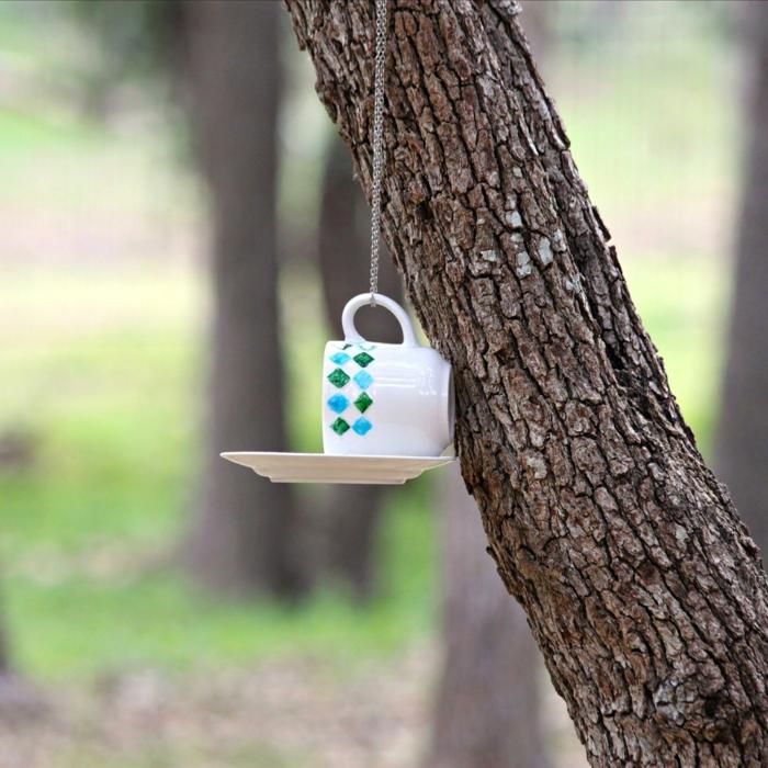 tasse à café mangeoire oiseaux