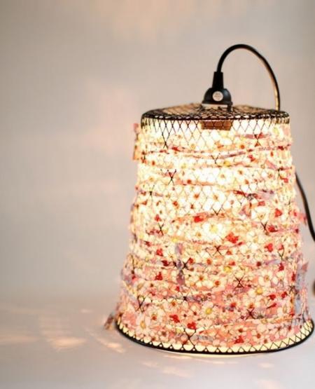 DIY chandelier vieille poubelle