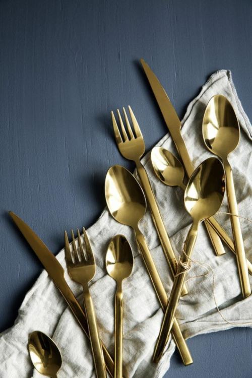 Intégrer le doré couvert doré
