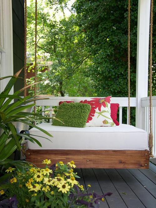 aménagement de porche plantes dans des pots
