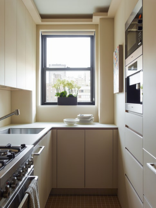 aménager une cuisine longue tout petit espace