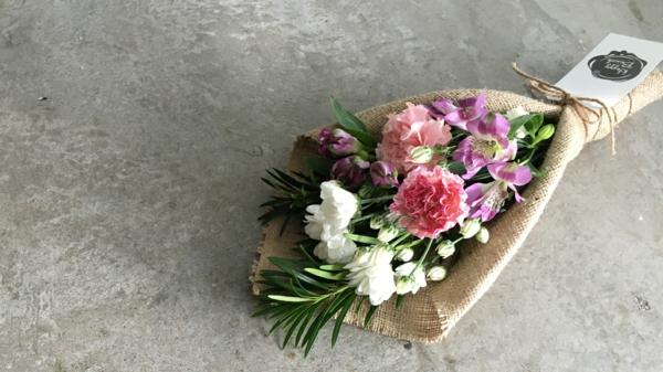 bouquet de mariée artificiel toile de jute