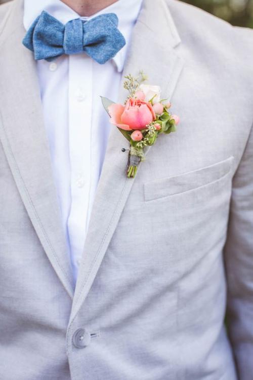 boutonnière mariage noeud papillon en bleu