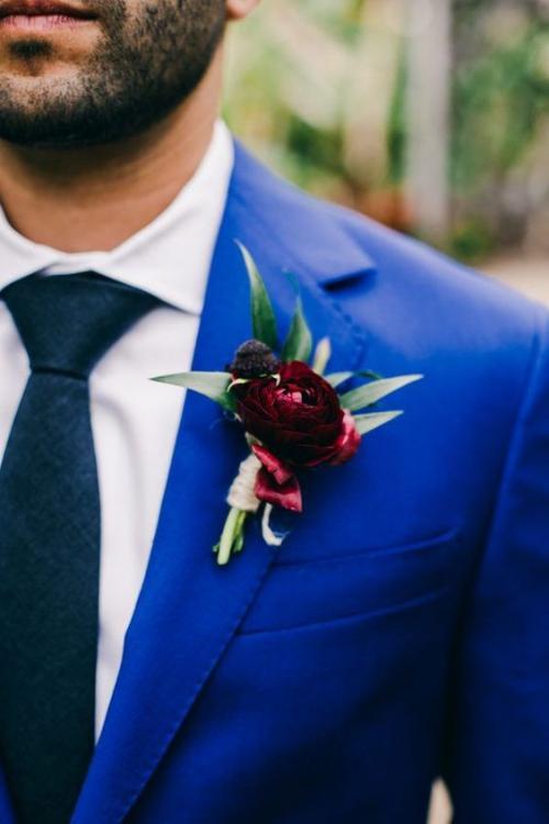 boutonnière mariage une rose rouge