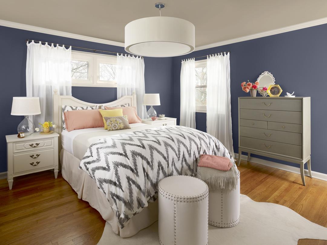chambre bleu gris pour un sommeil relaxant dans le pays des rêves