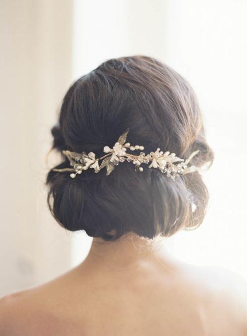 coiffure mariage cheveux courts coiffure un peu rallongée