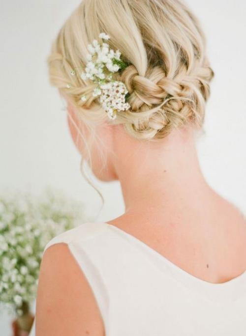 coiffure mariage cheveux courts style rétro