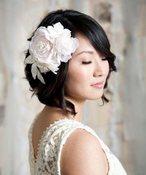 coiffure mariage cheveux courts visage carré