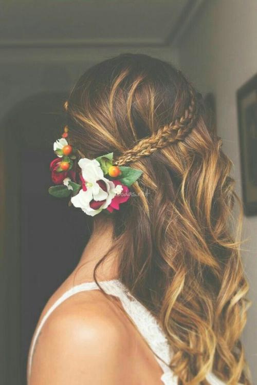 coiffure mariage cheveux mi-longs pour un mariage champêtre