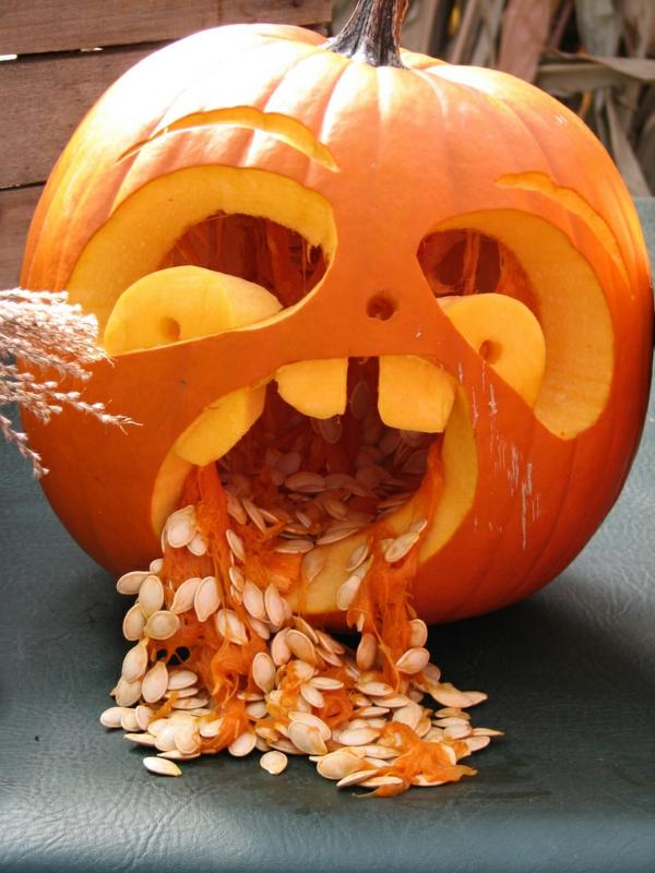 creuser une citrouille effrayante pour halloween