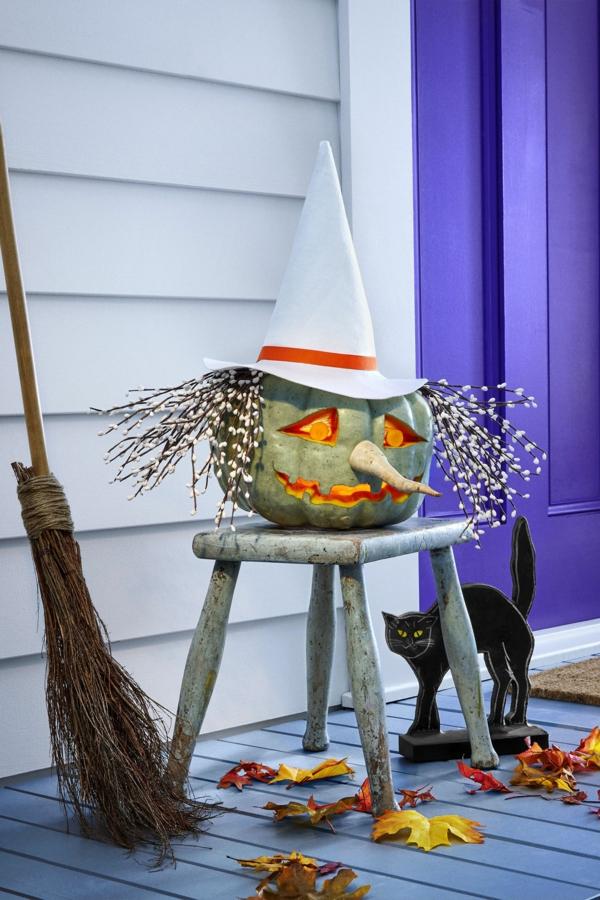creuser une citrouille pour halloween tête de sorcière