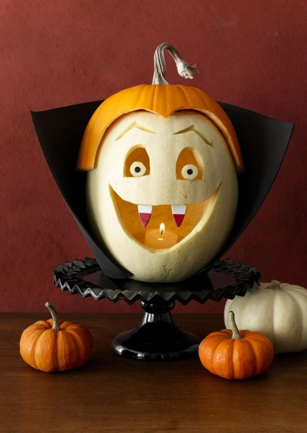 creuser une citrouille pour halloween vampire