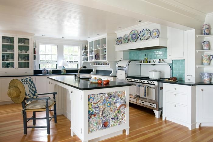 cuisine équipée avec îlot déco originale