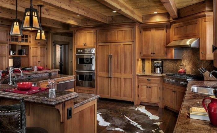 déco cuisine en bois plafond poutre apparente