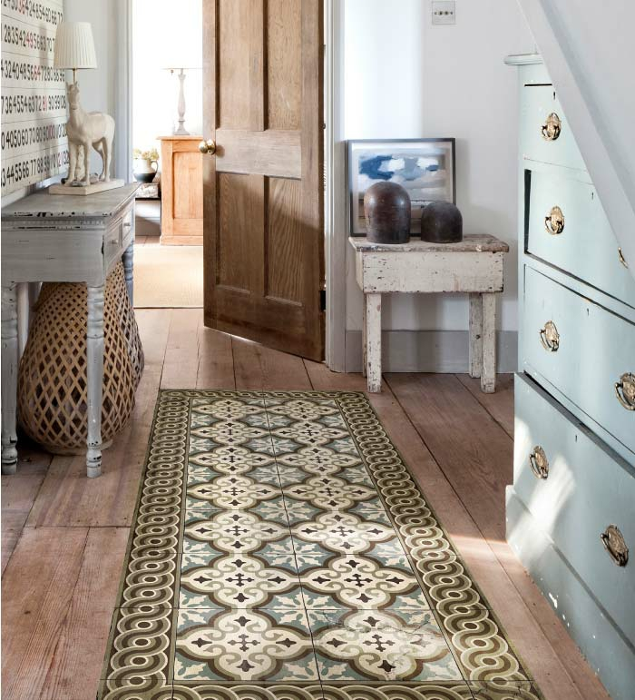 déco moderne avec tapis vinyle carreaux de ciment