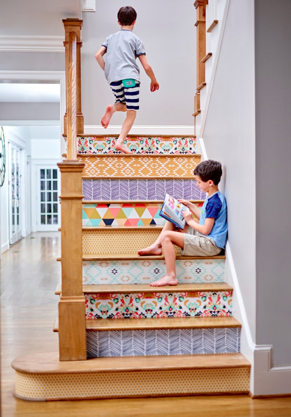 déco montée d'escalier en bois papier peint