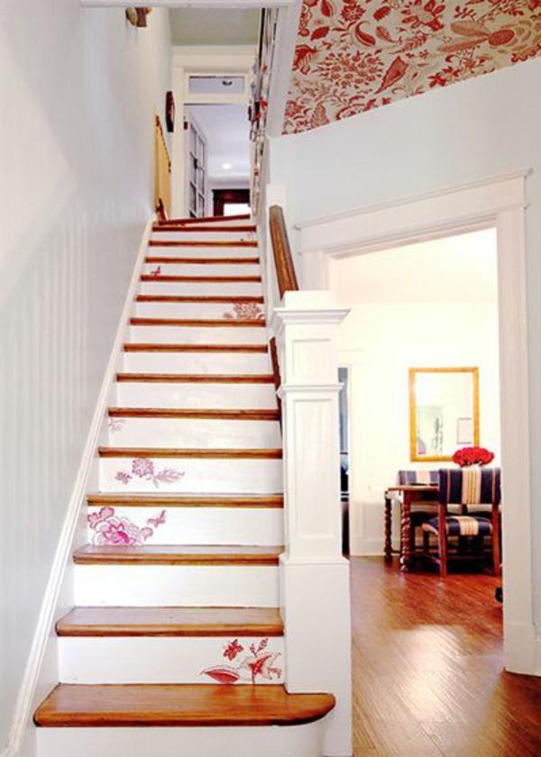 déco montée d'escalier papier peint shabby chic