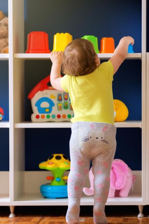 déco petit espace étagères pour jouets