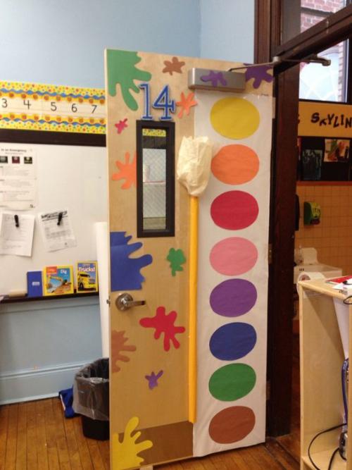 déco porte de classe une palette de couleurs