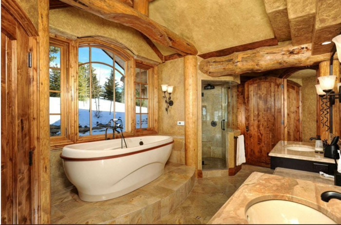 déco salle de bain rustique plafond poutre apparente brute