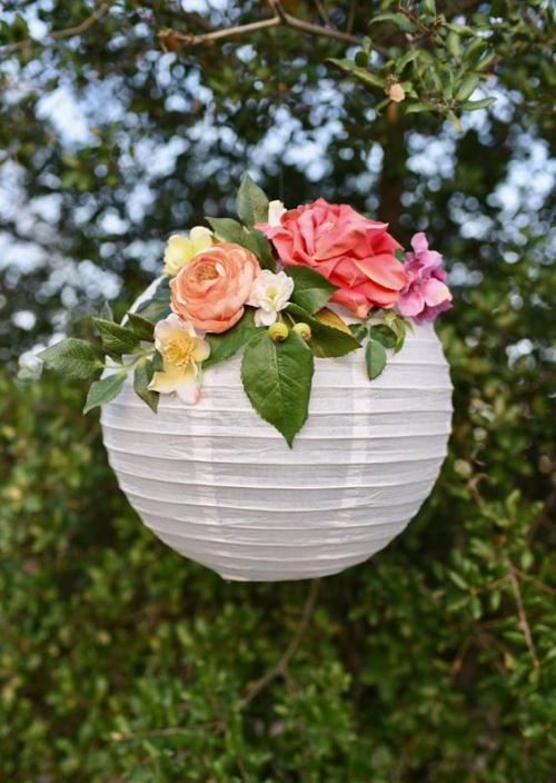 décoration mariage une sphère blanche