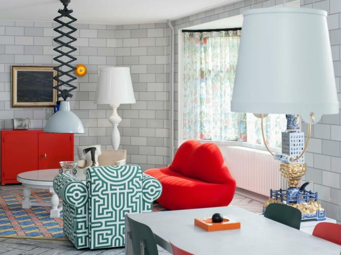décoration tendance style maximaliste salon accents rouges