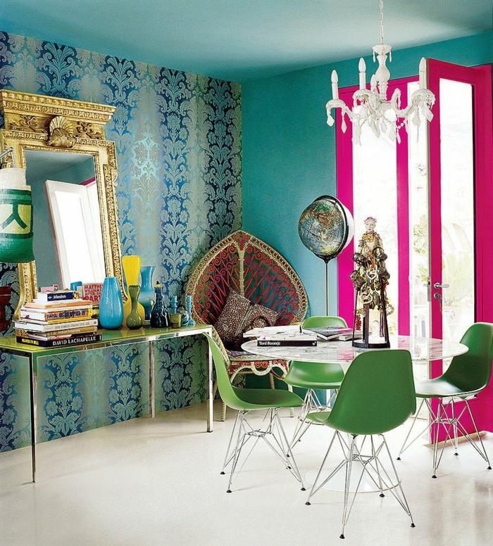 décoration tendance style maximaliste salon design miroir cadre doré