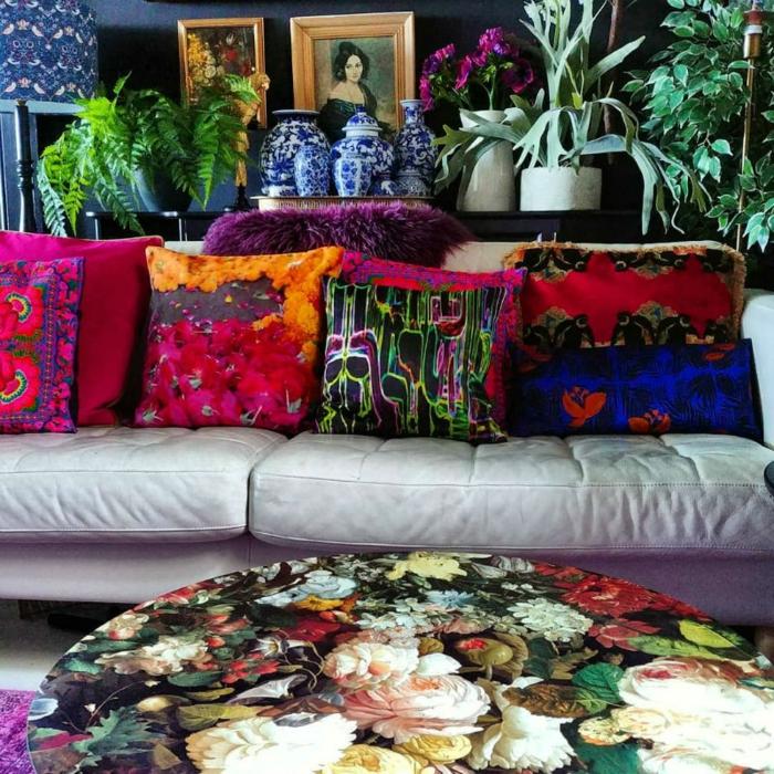 décoration tendance style maximaliste salon table design